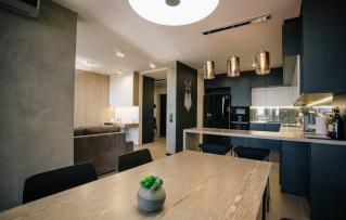 Інь та янь: Один день з життя в Synyava flat